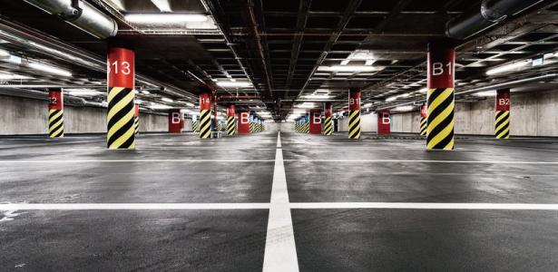 立体 駐 車場