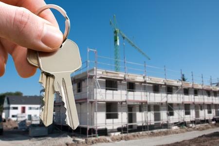 個人事業の不動産オーナーが法人化すべき所得はいくら?