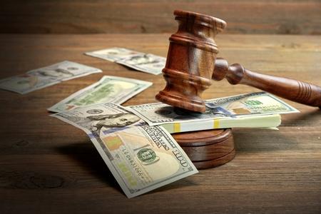 相続税の申告報酬をめぐるトラブルが訴訟に発展!?