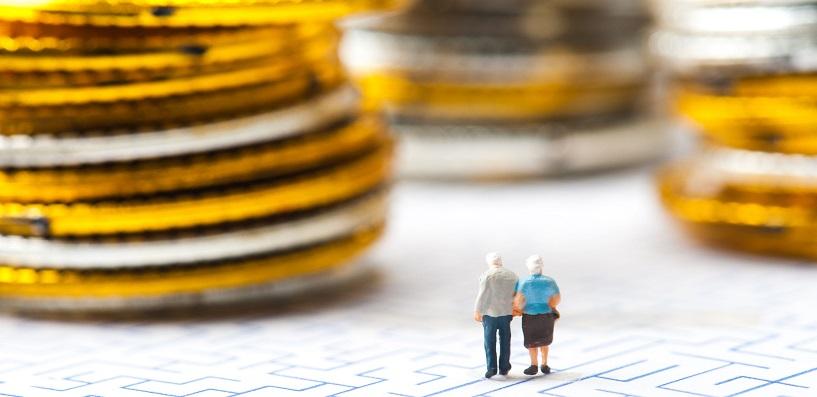 贈与税の納税猶予における暦年課税制度と相続時精算課税制度