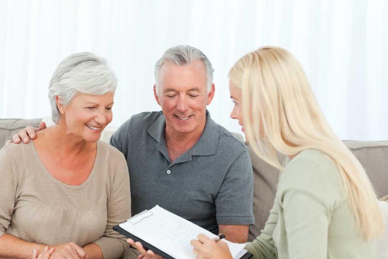 年金をもらうには手続きが必要です!年金の種類で異なる必要な書類とは?